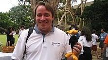 "Linus Torvalds: ""Happy birthday, Linux"""