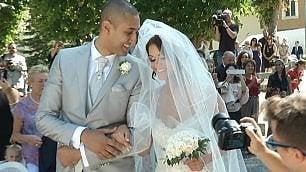 La paura non ferma le nozze Martina e Ramon sposi all'aperto