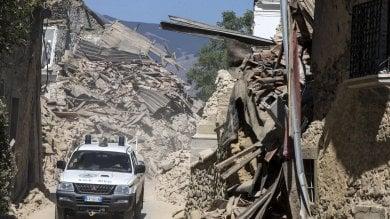"""Scienziati nelle aree del terremoto """"a caccia"""" della faglia di Amatrice"""