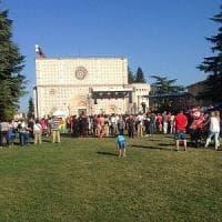 Dopo il sisma, all'Aquila Perdonanza in tono minore. Ma è polemica sul festival jazz...