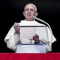"""Terremoto, Papa Francesco sarà """"appena possibile"""" nelle zone colpite"""