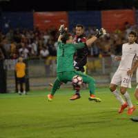 Cagliari-Roma 2-2: giallorossi sciuponi, Borriello e Sau li riprendono