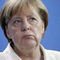 """Ttip, intervengono Bruxelles e la Merkel: """"Le trattative continuano"""""""