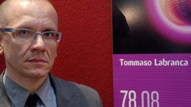Addio a Tommaso Labranca, outsider  della letteratura e della tv italiana