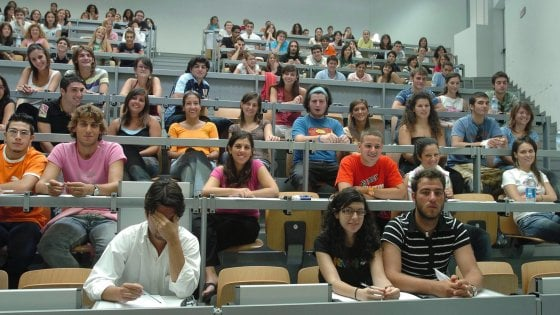 Affitti: per gli studenti un rincaro del 4%. Milano la più costosa