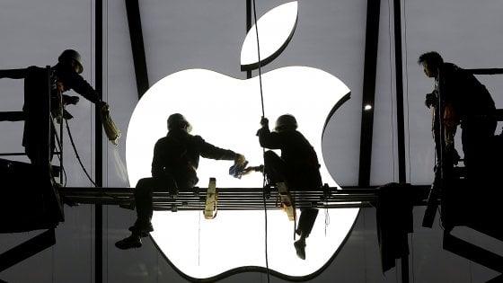 La Ue chiede all'Irlanda di recuperare 13 miliardi di tasse da Apple