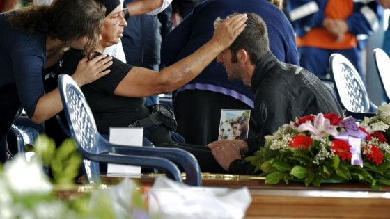 Terremoto, i funerali solenni di Amatrice: è lutto nazionale