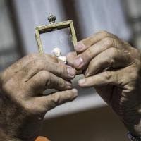 """Terremoto, recuperata reliquia Madonna da chiesa crollata: """"La porteremo ai funerali di Amatrice"""""""