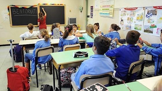 """Scuola, Miur accoglie ricorsi per il 15 per cento dei trasferimenti. Sindacati: """"Operazioni da rifare"""""""
