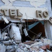 Terremoto, recuperata la sesta vittima all'hotel Roma di Amatrice