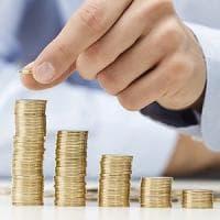Gli stipendi a luglio restano fermi, ma battono l'inflazione