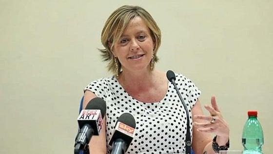 """Polemiche sul 'Fertility Day' lanciato dal ministero della Salute: """"Insulta chi non ha figli"""""""