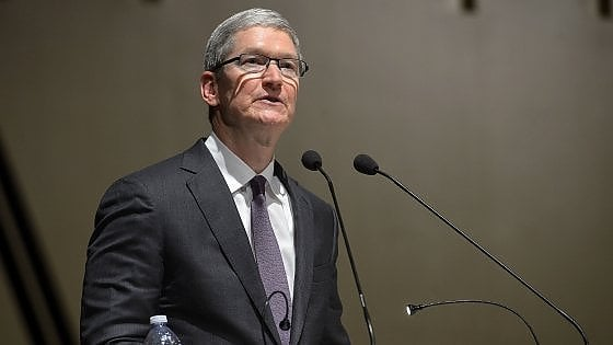 """Apple attacca l'Ue: """"E' esasperante"""". E annuncia il rimpatrio di miliardi negli Usa"""