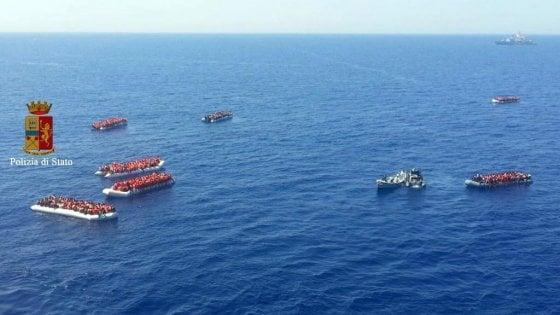 Migranti: ancora sbarchi al sud Italia, tremila solo nelle ultime ore