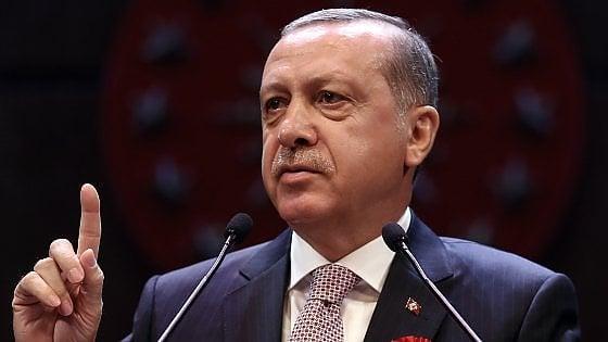 Turchia, nuove maxi-purghe: oltre 40 mila dipendenti pubblici cacciati