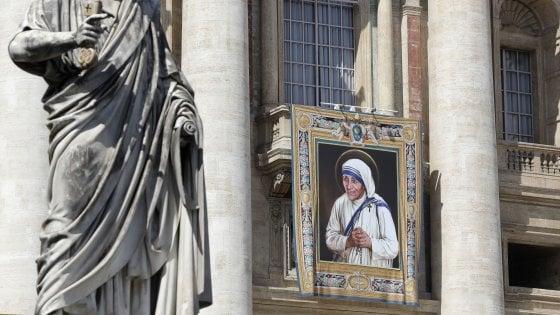 Madre Teresa, attesi oltre centomila fedeli: piano di sicurezza per la canonizzazione