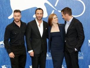"""Uno stilista sul set, Tom Ford e la coppia Gyllenhaal-Adams: """"Un tuffo dentro l'io"""""""