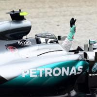 F1, Rosberg trionfa a Monza