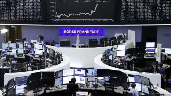 Borse europee caute: il faro dei mercati si sposta sulla Bce