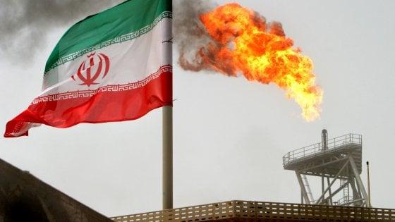 Petrolio, intesa tra Russia e Arabia Saudita per stabilizzare il mercato