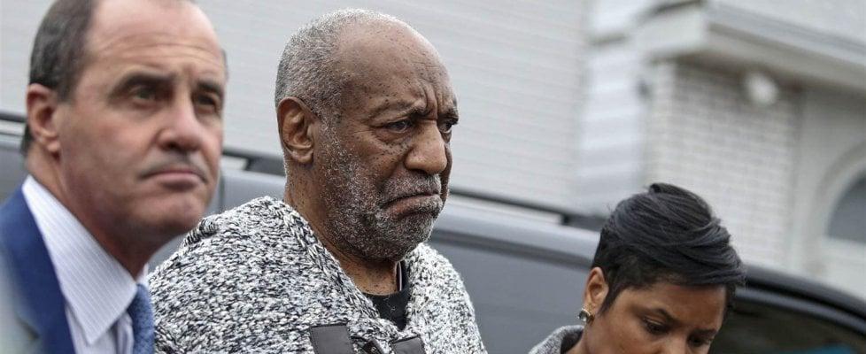 Usa, Bill Cosby: 13 donne pronte a testimoniare gli abusi sessuali. In aula a giugno prossimo