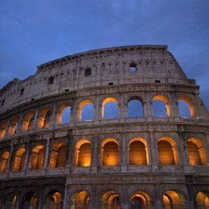 Eurostat, cittadini poco soddisfatti di Roma: peggio della Città eterna solo Atene