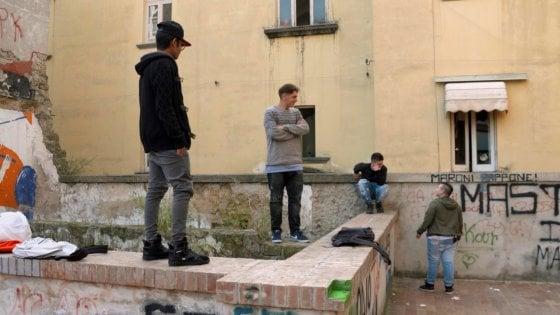 I Robinù, quei ragazzi feroci di Napoli