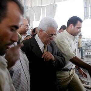 "Israele, ""Abu Mazen era un agente del Kgb"". Al Fatah: ""Assurdo"""