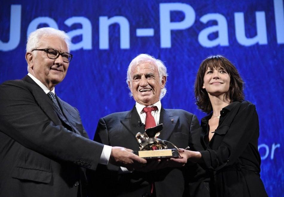 Il Leone d'Oro per Jean Paul Belmondo, a 83 anni una storia eccezionale