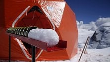 Monte Bianco, le 'carote' di ghiaccio memoria del clima che cambia
