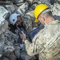 Terremoto: la piccola Giorgia torna a casa. Salvata dopo 16 ore sotto le macerie
