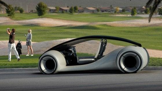 Apple taglia il piano per l'auto senza pilota