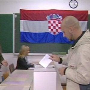 Elezioni in Croazia, ma è alta tensione tra Zagabria e Belgrado