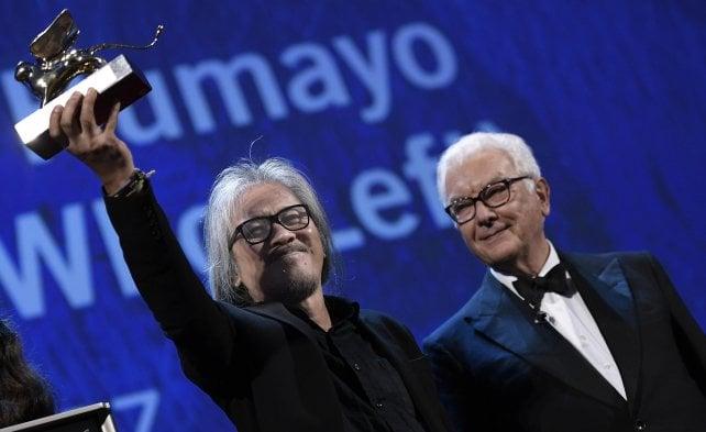 Venezia, Leone d'Oro a 'The Woman Who Left' Stone migliore attrice, Gran premio a Tom Ford