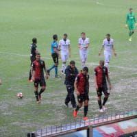 Genoa-Fiorentina: violento temporale a Marassi, gara rinviata sullo 0-0