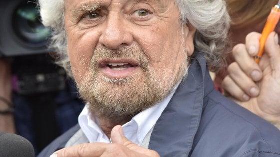 """M5s, Grillo annuncia: """"Allargheremo il direttorio"""""""