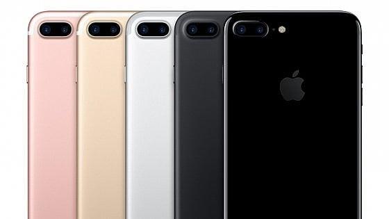 Ecco i nuovi iPhone: 7 e 7 Plus, Apple punta su potenza e wireless