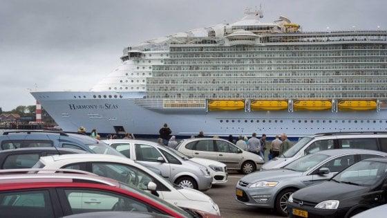 Precipita scialuppa dal gigante delle crociere, tragedia in porto a Marsiglia