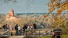 Palazzi, castelli, verde Le mille sorprese    foto    a due passi da Riga