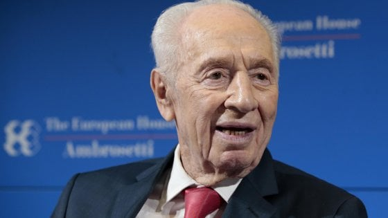 Israele, Shimon Peres colpito da ictus