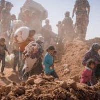 Rifugiati, sono 75.000 intrappolati nel deserto alla frontiera Siria-Giordania