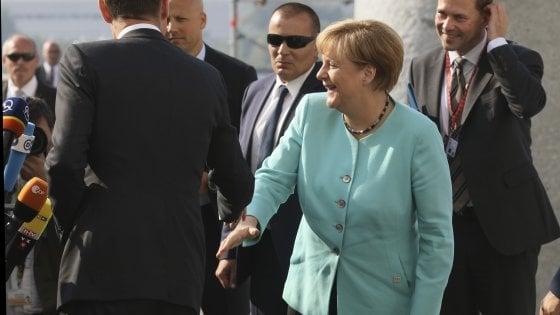 """Renzi al vertice Ue: """"Stabilità dei nostri figli vale più delle regole"""""""