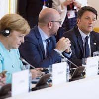 Vertice Ue, Renzi rompe con Hollande e Merkel: