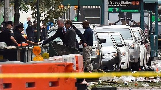 """Esplosione a New York: bomba fa 29 feriti. """"Era piena di schegge, per uccidere"""""""