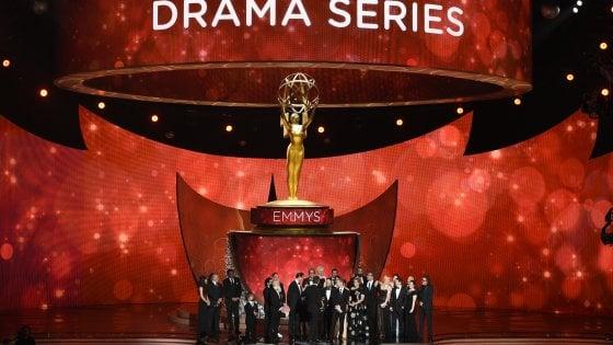 Emmy 2016, vince il Trono di Spade ed entra nella storia