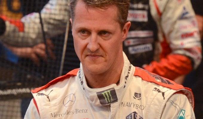 """F1, legale Schumacher smentisce: """"Non è vero che Michael può camminare"""""""