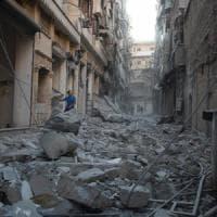 Siria, fine della tregua, bombe su Aleppo. Colpito convoglio umanitario, 12 morti