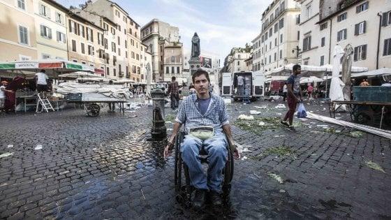 """Roma, le Paralimpiadi di ogni giorno: """"Una vita a ostacoli tra barriere e inciviltà. Così vinco la mia medaglia d'oro"""""""