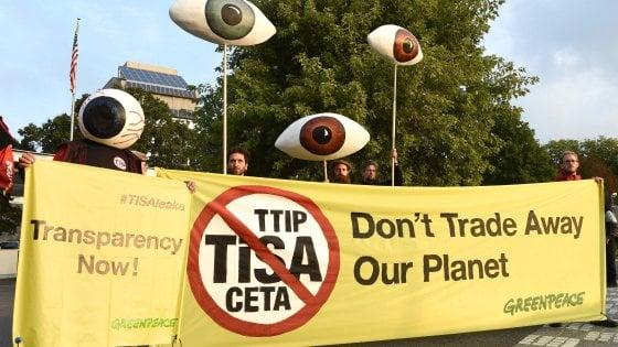 "I nuovi Greenpeace Leaks sul Tisa ""L'accordo sui servizi svende il pianeta"""