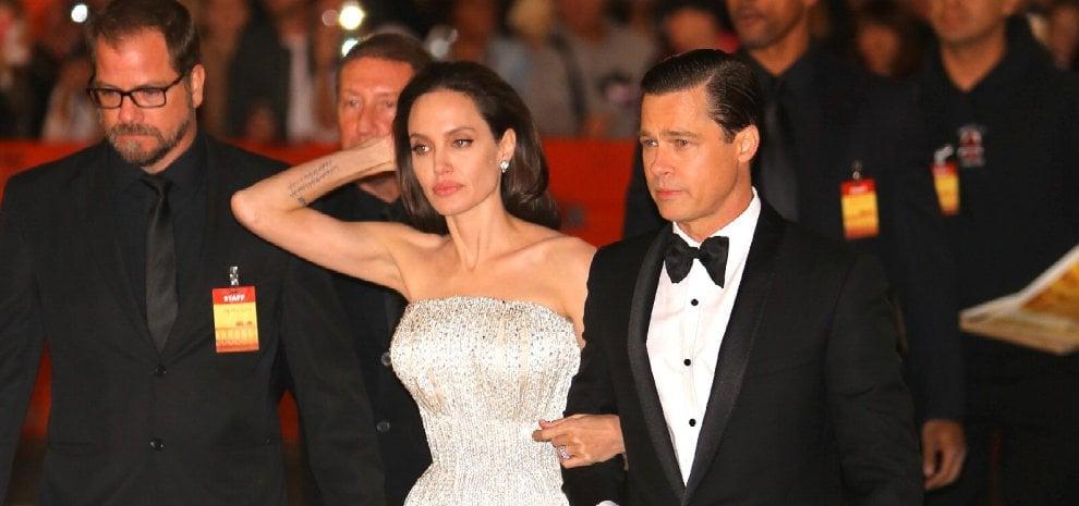 Angelina Jolie divorzia da Brad Pitt: i Brangelina non esistono più
